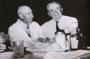 Gus Andrews and Governor W. Lee O'Daniel in Andrews Cafe