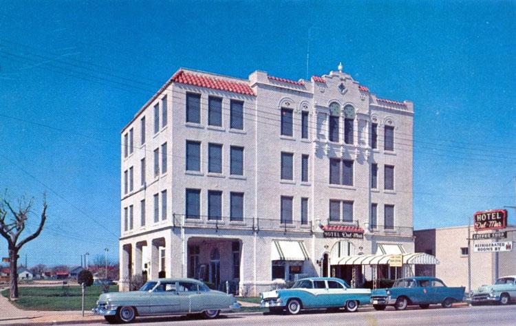 Hotel Del Mar Hillsboro Texas